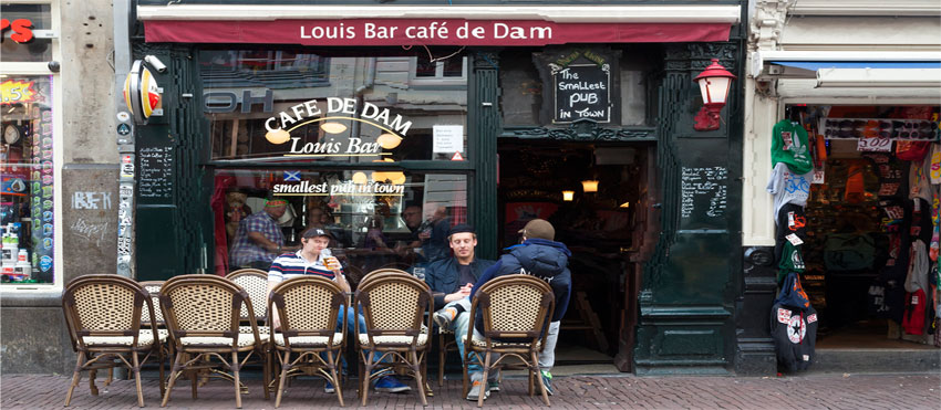 Cafe de Dam, Louis Bar